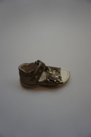 Ricosta, lakleren sandaaltje, klittenbanden verstelbaar, dichte hiel, leren voetbed, bloem brons/gold