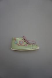 Daumling, klassiek model babyschoentje met veter, soepelzooltje, zachte leersoort, binnenkant leer, perlato groen