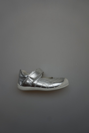 Bardossa, bandschoentje met stootneus, leer van binnen, metallic zilver 24