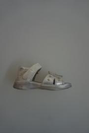 Gattino, leren sandaal met klittenbandsluiting, bloem,leer van binnen zilver
