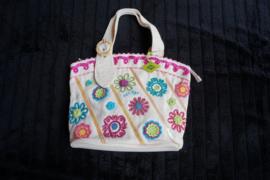 Oilily, Handbag linnen look met handmade embroidery, sluit met rits, ecru wit