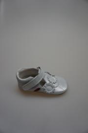 Shoesme,  kruip-loopschoentje, t band model, bloemetjes, zacht metallic leer, leer gevoerd, zilver, 22