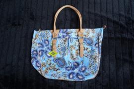 Oilily, grote shopper/handbag, bloenenprint paisly, licht blauw met beige kunststof hengsels en met piping afgewerkte randen, ritssluiting