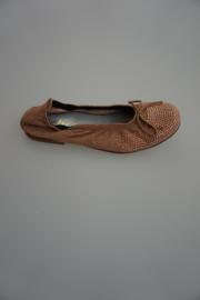 Clic nubuck leren ballerina met strikje, leer gevoerd, kleine studs met strass koperkleurig, cobre ante peach, taupe 32