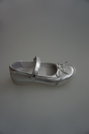 Bana & Co, leren bandschoen met strikje, leer gevoerd, metallic zilver