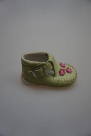 Bardossa, nubuck leren t band schoentje, flex loopzool, moccassin model met gespje groen met bloemetjes rose
