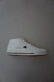 Converse, one star mid, unisex, leer, veter, wit met zwart accent,