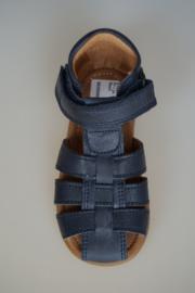 Bisgaard, natural look leren sandaal met bandjes, dichte hiel en dichte neus, leer van binnen, diep do nker blauw 24
