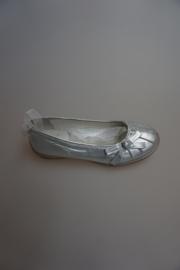 CKS Ballerina, metallic leer, leer gevoerd, met lintje, strikje, zilver 33, 36