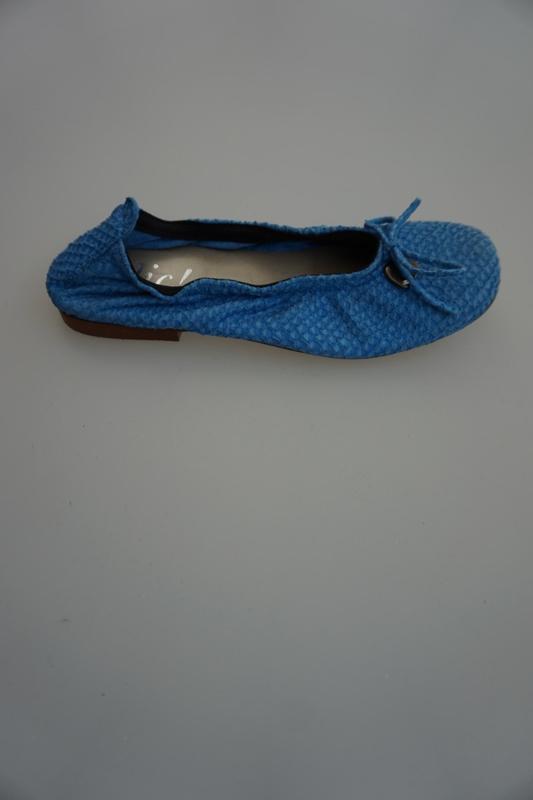 Clic, leren ballerina met strikje, leer gevoerd, structuur snake, blauw  32 34  37