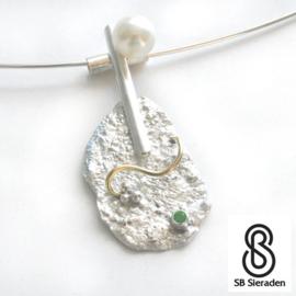 Zilveren Hanger met parel en smaragd