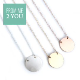 Ketting met glimmend rond plaatje - From Me To You - Goldfilled-14k