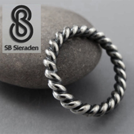 Torsdraad / koord ring 4mm dikte