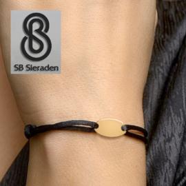 14krt Gouden armbandje met satijnkoord.