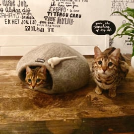 Catcave antraciet (pre-order only)