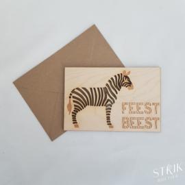 Houten kaartje 'Feestbeest'
