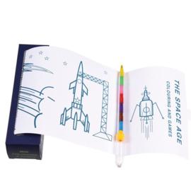 Kleurplaat en spelletjes op rol 'Space' + kleurpotlood met 7 kleuren