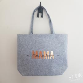 Luxe vilten draagtas 'MAMA/OMA' mét eigen namen
