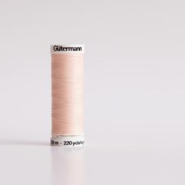 Gütermann Naaigaren (658) Veiled Pink