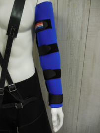 Neoprene armprotection with velcrote
