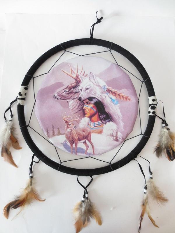 Ronde native dromenvanger met Indiaan en hert