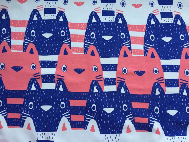 Kitty Coral - tricot stof