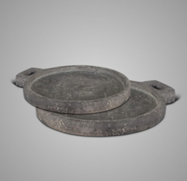 SET OF 2 PLATE ROUND HANDCRAFT IND. VINTAGE 35-31x30-x27x3 11880MS-P347