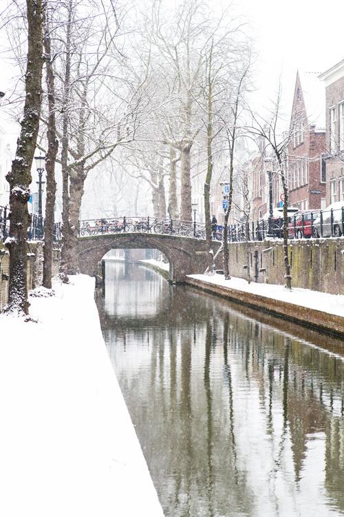 Ansichtkaart:  Utrecht in de sneeuw