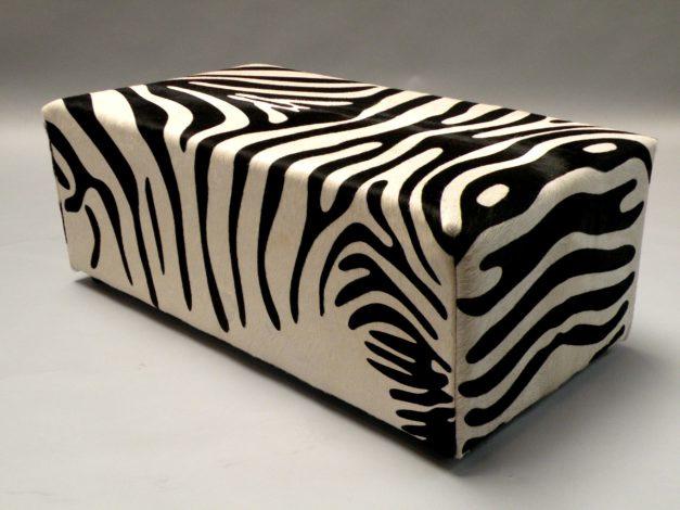 Zebra dekenkist koeienhuid zebra print.