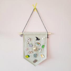 Muurvlag zonder tekst - Ideaal voor het bewaren van je pins of voor een DIY project