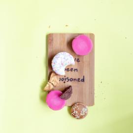 Ontbijtplank met grappige tekst  YOU'VE BEEN POISONED - Bamboe ontbijtplankje 13,5 cm x 21,5 cm