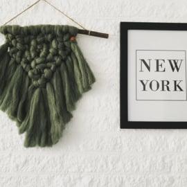 Wandhanger oudgroen wol