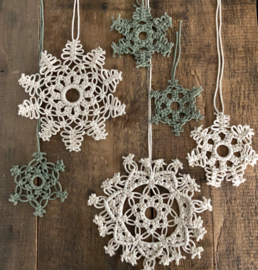 Mandala hangers(sneeuwvlokken)