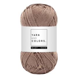 Yarn and color must-have teak
