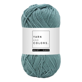 Yarn and color must-have glass