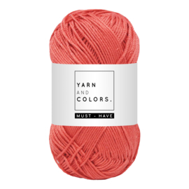 Yarn and color must-have coral