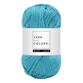 Yarn and color must-have turqouise
