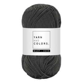 Yarn and color must-have graphite