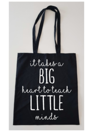 Zwarte tas It takes a big heart...