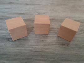 Houten blok 6 x 6 x 6 cm
