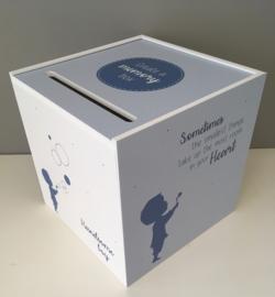 Herinnerings-of enveloppenbox thema schaduw jongen blauw (25x25x25 cm)
