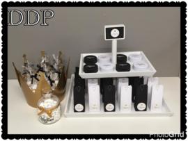 Ideetje uni-kleurige doosjes kleur zwart/wit