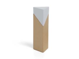 Driehoekig doosje thema Nordic met wit dopje