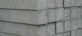 Vierkante kunststof palen