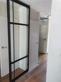 ongelijke 3 vaks taatsdeur met lange greep