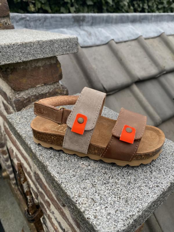 Clic! sandaal zand kleur