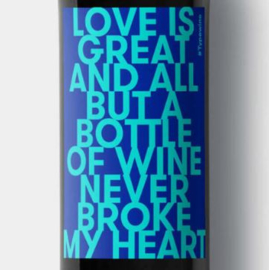 Sticker voor fles - Love is great