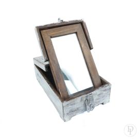 Oud scheer/kappers doosje met spiegeltje
