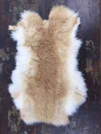 Konijn bontje velletje wit-bruin