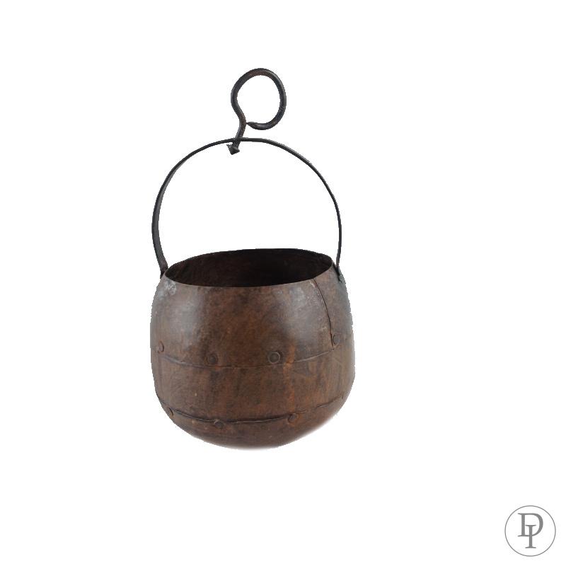 Hangpotje heksenketeltje van ijzer leuk aan een katrol of een sokdrager